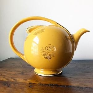 Vintage Gold Teapot with Flower and Leaf Design